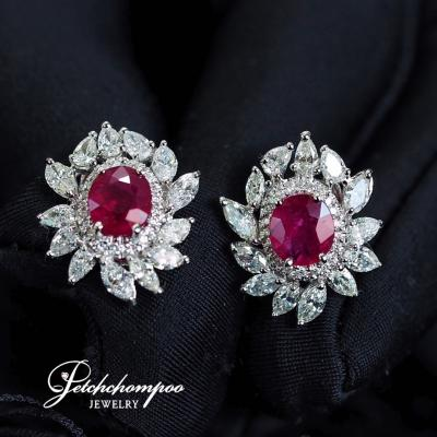 [024700] Ruby and diamond earrings Discount 149,000