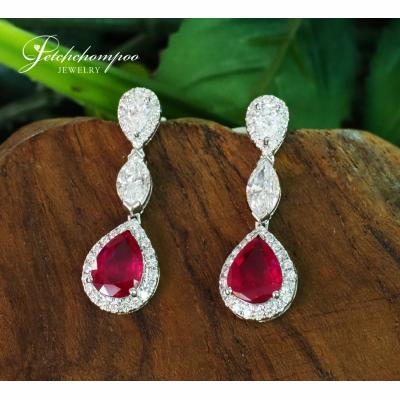 [025082] Ruby and diamond earrings Discount 199,000