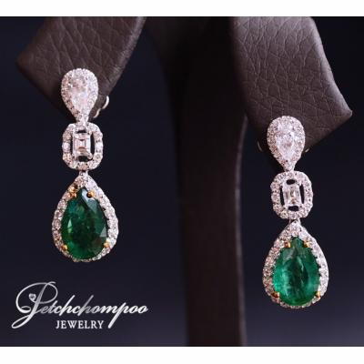 [023621] Emerald with diamond earring Discount 79,000