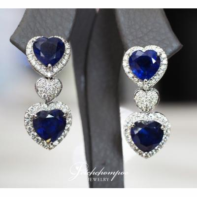[024417] Blue sapphire with diamond earring Discount 89,000