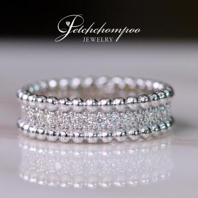 [015404] White Gold Ring with Diamonds Discount 29,000
