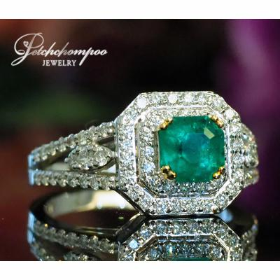 [022894] Columbia emerald with Diamond ring Discount 59,000