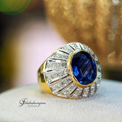 [024893] แหวนไพลินซีลอนชายฝังเพชร ลดราคาเหลือ 69,000