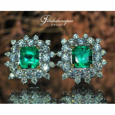 [024200] Emerald and diamond earring Discount 139,000
