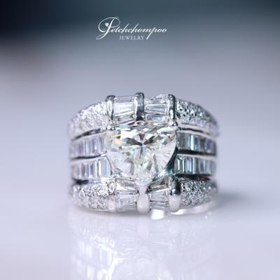 [022257] Diamond Ring Heart Shape 2.01 Ct. Discount 399,000