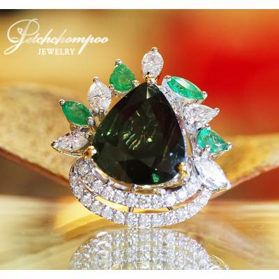[023459] 8.72 Carats Green Sapphire with diamond ring Discount 149,000