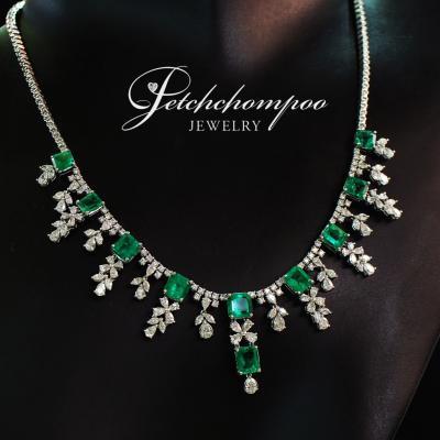 [25736] Emerald and diamond necklace  449,000