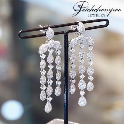 [017780] Diamond Earrings 3.72 Carat Discount 119,000