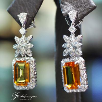 [25196] Yellow Sapphire With Diamond Earring Discount 89,000