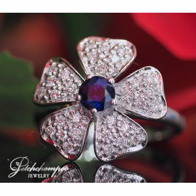 [023174] Flower diamond with Blue Sapphire ring Discount 39,000