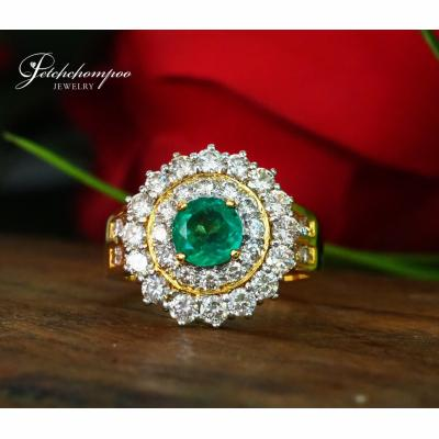 [025064] Emerald and diamond ring Discount 69,000