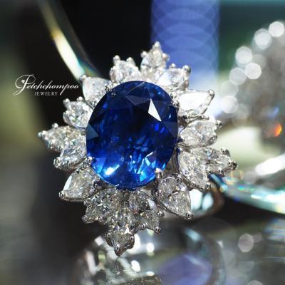 [25193] แหวนไพลินซีลอนเผาเก่า 8.8 กะรัตล้อมเพชร ลดราคาเหลือ 590,000