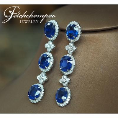 [022683] Blue Sapphire With Diamond Earring Discount 109,000