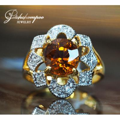 [022810] Yellow Sapphire Ring with Diamond Discount 49,000
