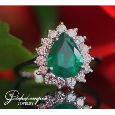 [023173] Emeraled With diamond ring Discount 39,000