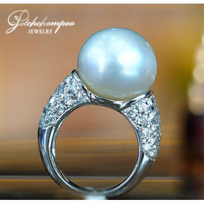 [022505] White Southsea Pearl With Diamond Ring  89,000