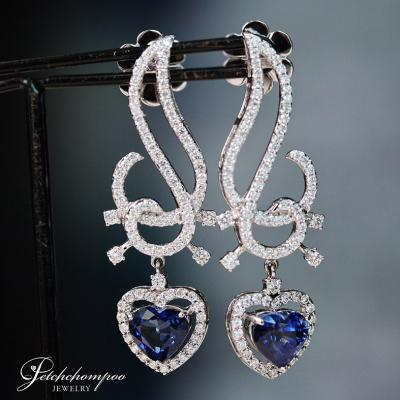 [021998] Blue sapphire With Diamond Earring Discount 169,000