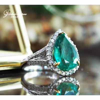 [021859] แหวนมรกตแซมเบียหยดน้ำ 6.48 กะรัตล้อมเพชร  119,000